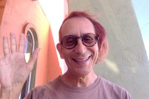 selfie of Glenn Zucman at Carwash