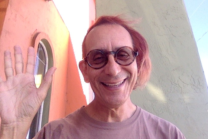 selfie of Glenn Zucman at Carwash